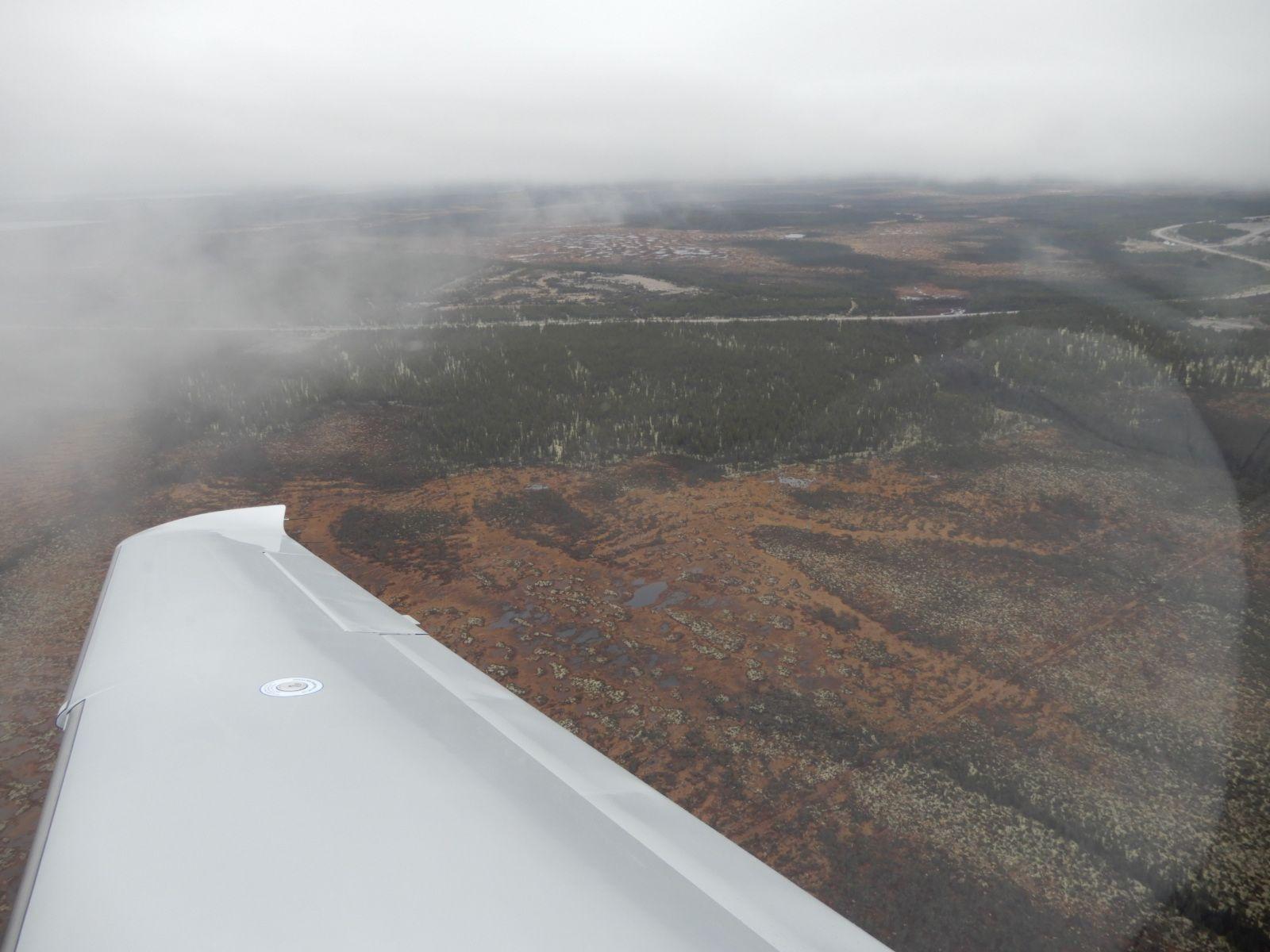 Po vzletu z letiště La Grande Riviere (CYGL), Quebec, Kanada