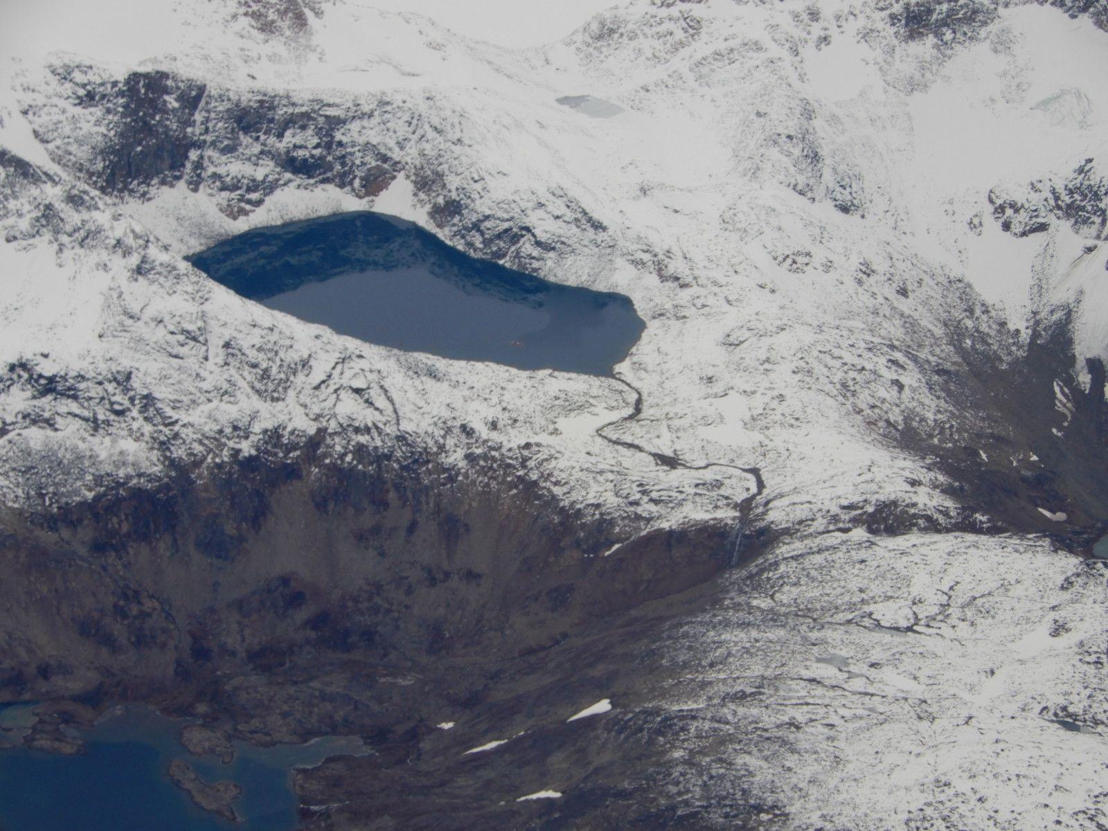 V Grónsku jsou k vidění zajímavé přírodní scenérie. Většina oblastí je nedotčena člověkem.