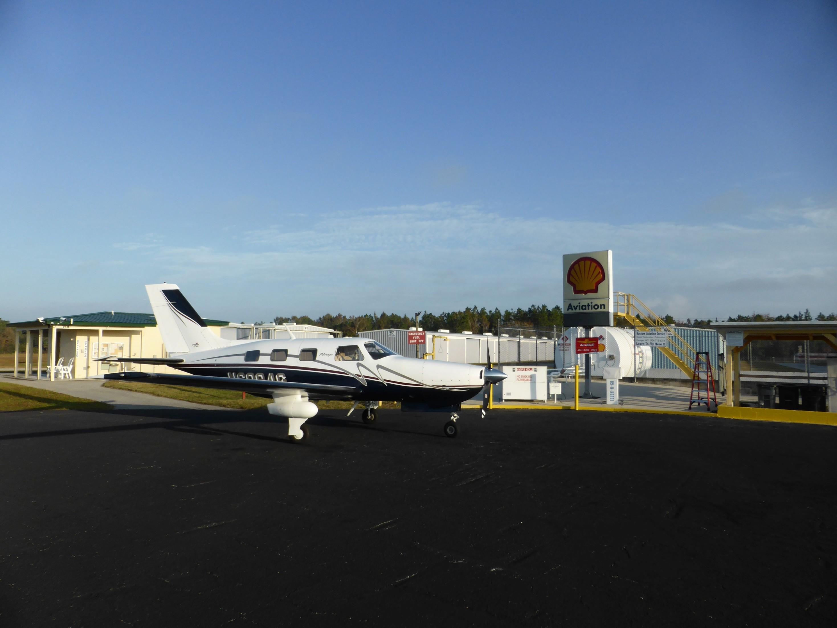 Zahájení přeletu do Evropy. Letiště Palatka Larkin (K28J)