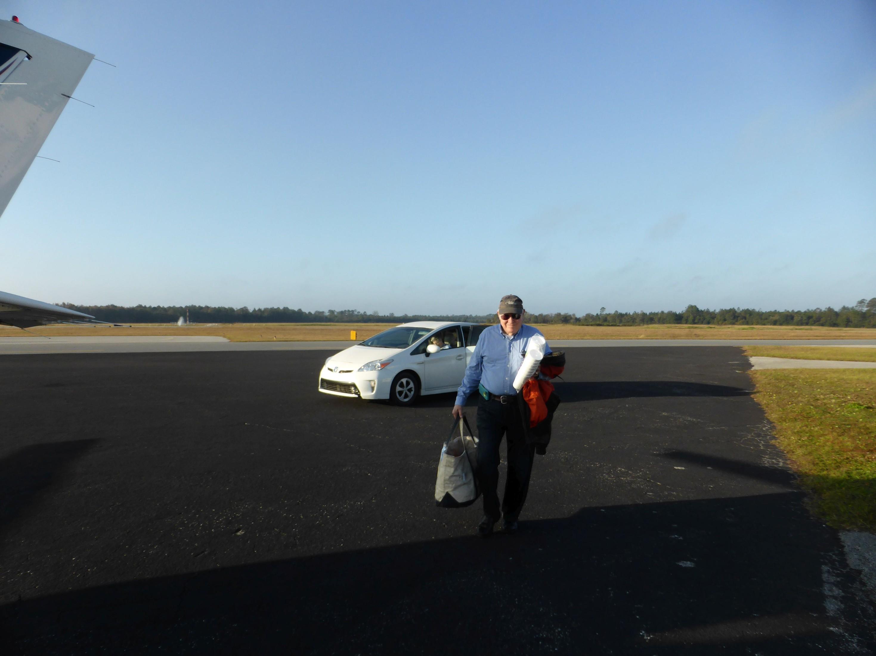 Můj průvodce a zkušený Ferry pilot Hugh Rawl, Letiště Palatka Larkin (K28J)