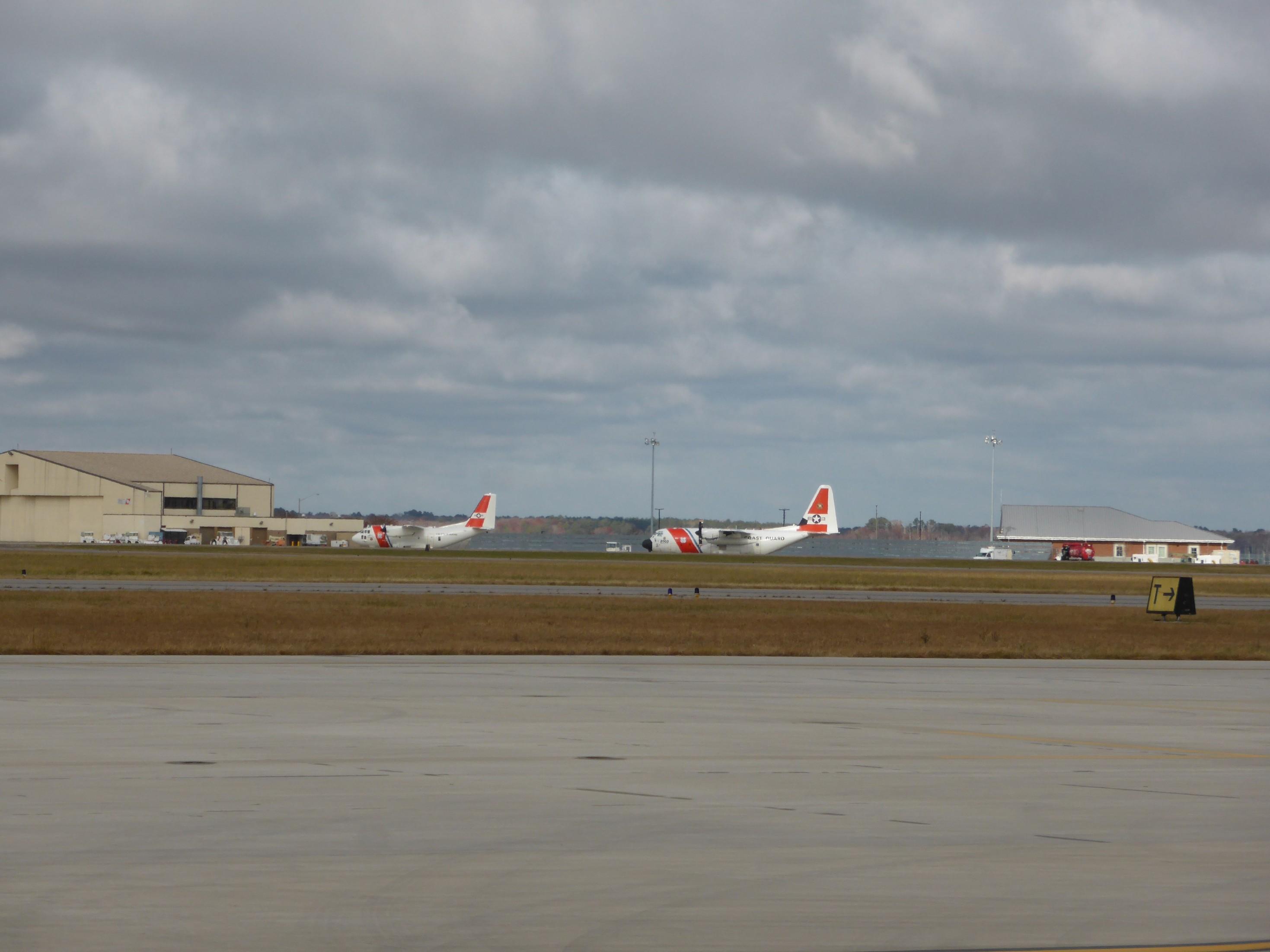 První mezipřistání, letiště Elizabeth City (KECG), Jižní Karolína.