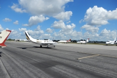 Malebné letiště Page Field u Fort Mayers (KMYF)