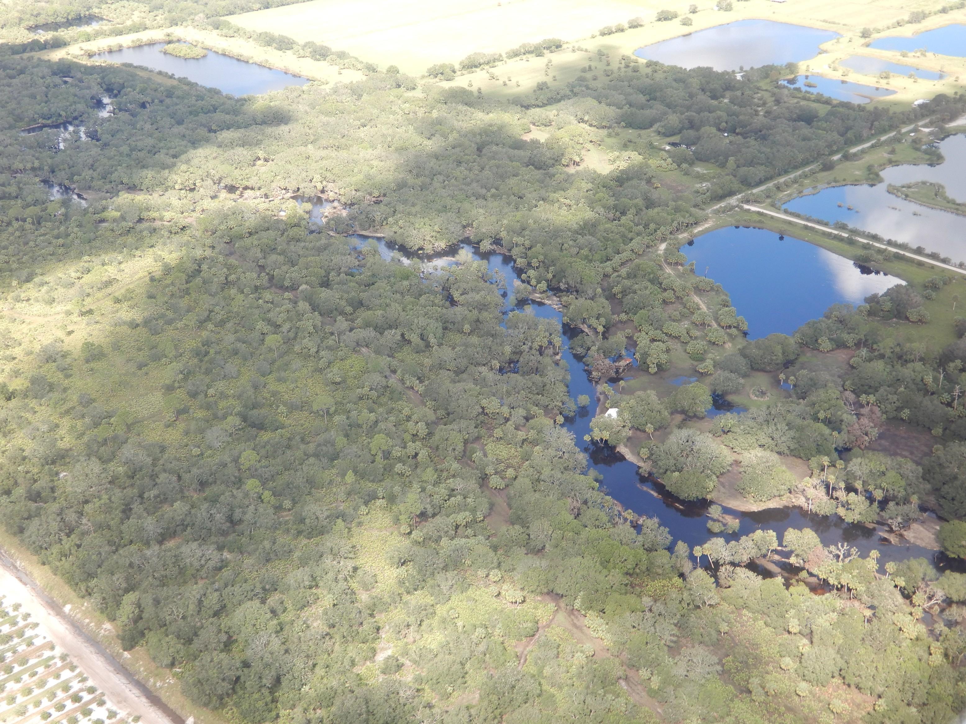 Řeka Piece River, před přistání na letišti Arcadia (X06)