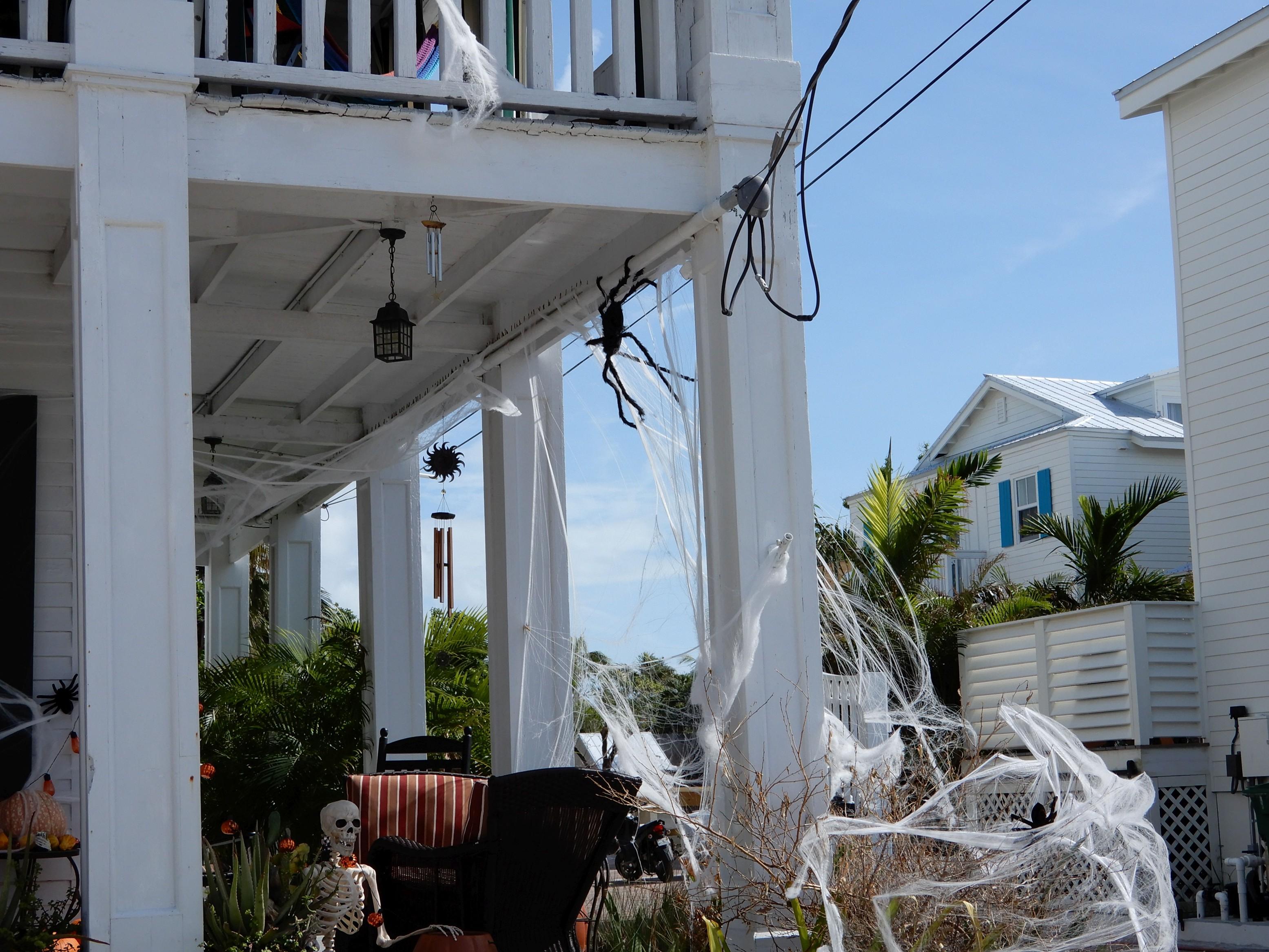 Key West, Florida. Výzdoba před nadcházejícím svátkem Halloween.