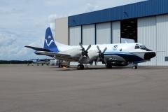 Letadlo lovců hurikánů se chystá ke vzletu k hurikánu Michael na letišti Lakeland (KLAL)